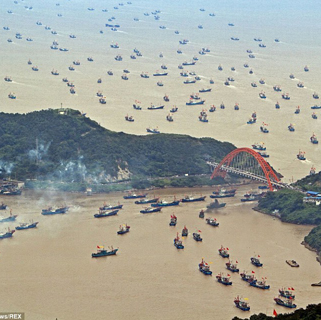 Chinese Fishing Vessels That Operate Illegally Around the World