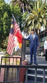 Kabir Khan Flag Trick