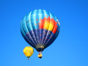 Give Dad an Experience Gift This Father's Day-   a Hot Air Balloon Ride Over Michigan